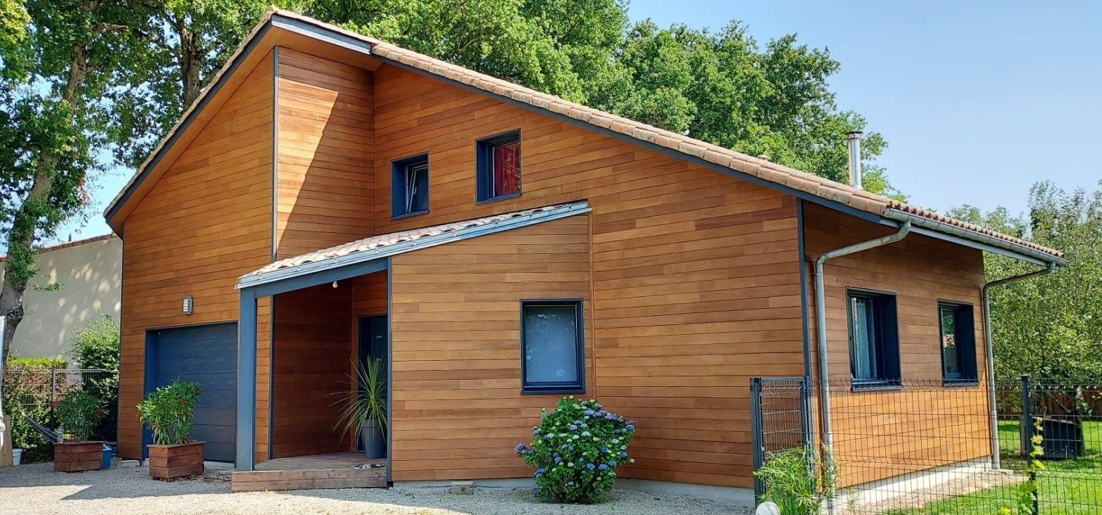 Comment réussir la rénovation d'un bardage en bois ?