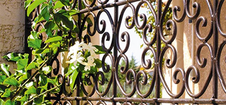 Repeindre ses meubles de jardin en fer forgé