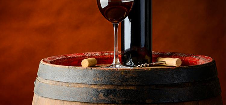 Pourquoi le fût en chêne donne du vin boisé ?